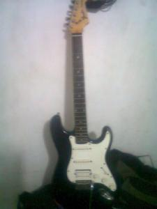 fender-classic-70s-stratocaster-made-in-mexico-hss_MEC-O-4646205733_072013.jpg