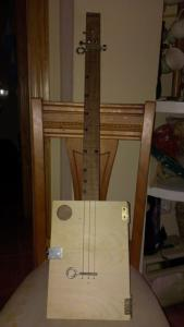 CIGAR BOX GUITAR JOHNNY.jpg