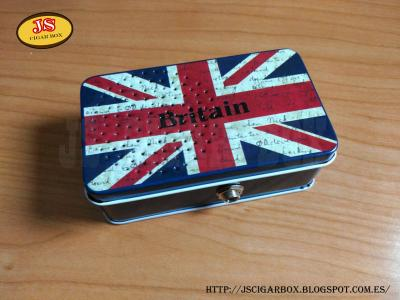 MINI AMP BRITAIN.jpg