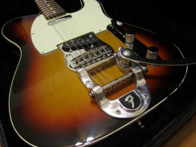 Fender_62_Reissue_Telecaster_with_Factory_Bigsby_004.jpg