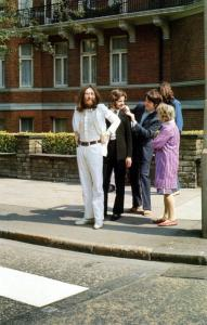 Beatles-preparing-to-cross-Abbey-Road.jpg