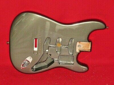 Fender-1994-USA-Pewter-Eric-Clapton-Signature-Stratocaster-_1.jpg