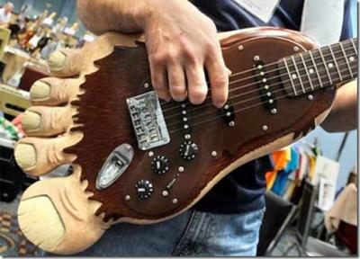 Big-Foot-Guitar_thumb.jpg