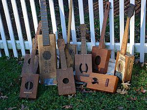 300px-Cigar_box_guitar_collection.jpg