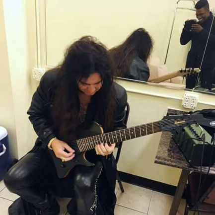 El accidente de Yngwie Malmsteen con su guitarra