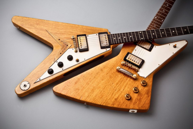 Flying V y Explorer