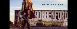 """Escucha """"High Heels And Throwing Things"""", el primer single del nuevo disco de Robben Ford"""