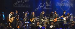 Grandes estrellas de la guitarra rinden homenaje a Les Paul en New York