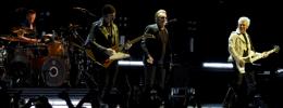 U2 invitan a una fan a subirse al escenario y se llevan una grata sorpresa