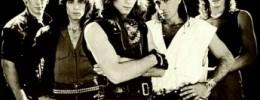 Jon Bon Jovi se lesiona en plena actuación