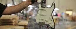 Cardboard Guitar Stratocaster, guitarra de cartón construida en la factoría de Fender