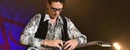 """Roban la guitarra """"Bo"""" de Steve Vai durante el concierto benéfico para Tony MacAlpine"""