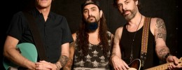 "The Winery Dogs publican el cover ""Moonage Daydream"" de David Bowie"
