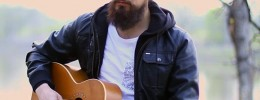 Cómo hacer sonar tu guitarra acústica como un cuarteto de cuerda