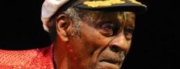 Chuck Berry cumple 90 años y anuncia disco tras casi cuatro décadas de silencio