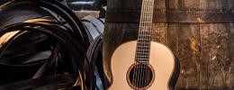 Lowden Black Bush Edition, una acústica con madera y cobre de las destilerías Bushmills