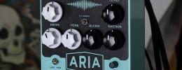 El Aria de Keeley combina sus conocidos efectos de compresor y overdrive en un mismo pedal