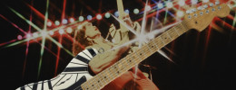 Eruption '78 , una réplica de la guitarra que EVH usó en el debut discográfico de Van Halen