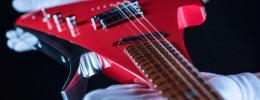 Lava Ultraviolet Aluminium Drop X, una guitarra ergonómica con cuerpo y mástil de una pieza