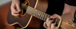 Cómo grabar guitarras acústicas y no morir en el intento