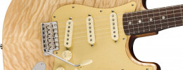Josh Smith toca la Fender Quilt Maple Top Stratocaster, la Rarities Collection de agosto