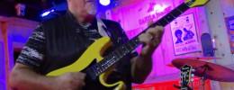 Frank Gambale vuelve a las superstrat amarillas con la Kiesel FG2