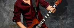 Joe Duplantier del grupo Gojira muestra sus nuevas Charvel y DiMarzio signature