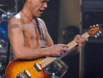 Van Halen cancela 30 conciertos para este verano
