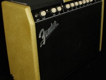 Nuevo Fender Super Sonic 22 V-Custom edición limitada
