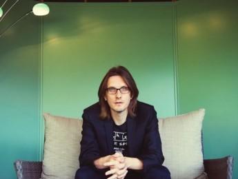 """Steven Wilson publica """"First Regret/3 Years Older"""", adelanto de su inminente trabajo"""