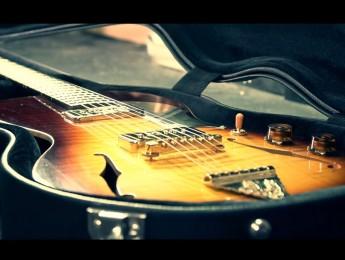 The making of Little Sister, creación de una guitarra vintage con herramientas manuales