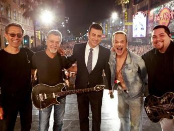 Van Halen anunció su disco en directo y gira americana con una actuación en directo desde Hollywood