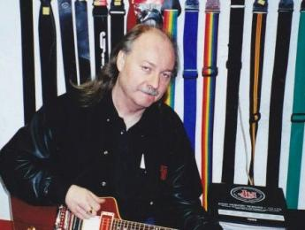 Fallece John Thomas, ex-guitarrista de Budgie
