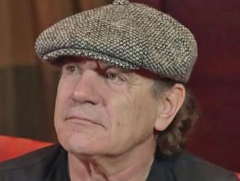 Brian Johnson podría quedarse sordo si AC/DC no pospone su gira