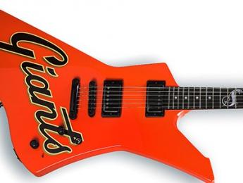 Metallica decora sus guitarras y amplis en honor a los San Francisco Giants