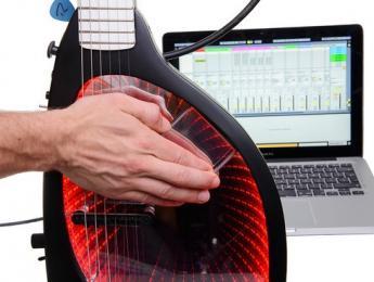 Expressiv Infinity Guitar, una guitarra venida del futuro