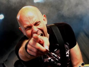 Wolf Hoffmann, guitarrista de Accept, presenta nuevo disco en solitario