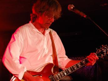 Fallece Roye Albrighton, guitarrista y cantante de Nektar