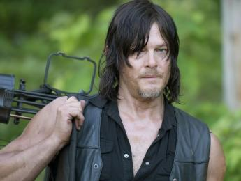 "Daryl Dixon, de ""The Walking Dead"", se sube al escenario con Anthrax"