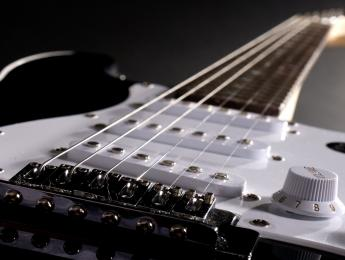 Tu primera guitarra eléctrica: no dejes que se eche a perder