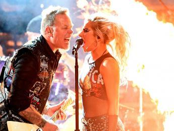 La actuación de Lady Gaga con Metallica