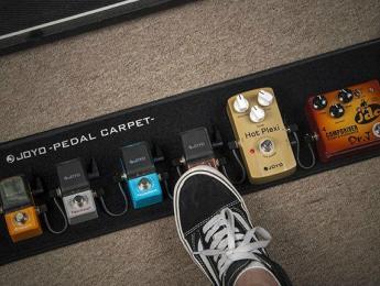 Joyo Pedal Carpet, una alfombra plegable para tus pedales
