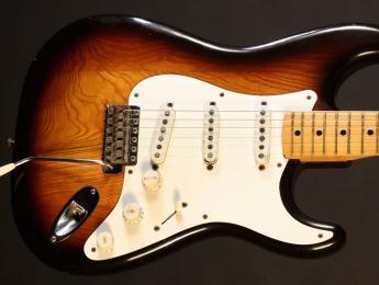 Conoce la verdadera primera Fender Stratocaster, la número 0100