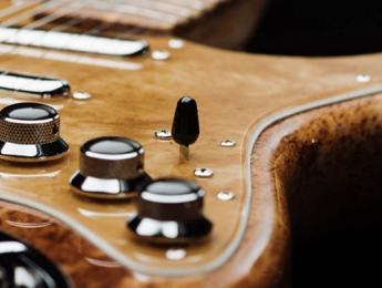 The Cuervo x Fender, una guitarra hecha con la planta del tequila