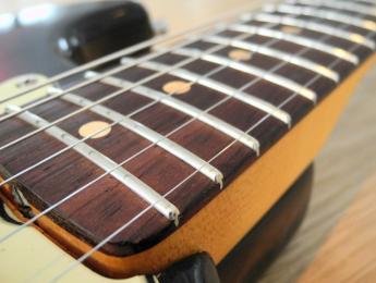 Fender sustituirá el palo rosa por ébano y pau ferro en las American Elite y Made in Mexico