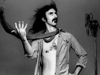 Frank Zappa, convertido en holograma, estará de gira durante el próximo año
