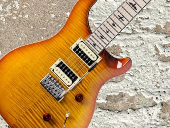 PRS Maple Limited SE Custom 24, una edición limitada con diapasón de arce