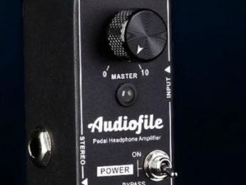 Mooer Audiofile, un amplificador de auriculares para pedaleras