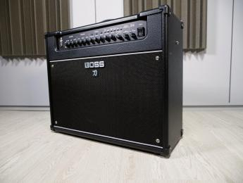 Review de Boss Katana Artist, amplificador con multiefectos integrado