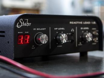 Reactive Load I.R., la caja de carga de Suhr se actualiza con respuestas a impulsos vía USB